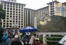 Masjid Sebagai Solusi Pemerataan Ekonomi Umat