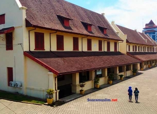 9 Situs Sejarah Indonesia yang Wajib Dikunjungi