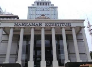 mahkamah konstitusi - mk putuskan kepercayaan di kolom agama ktp