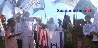 Kecam Klaim Sepihak atas Yerusalem, Massa Bakar Bendera AS dan Israel