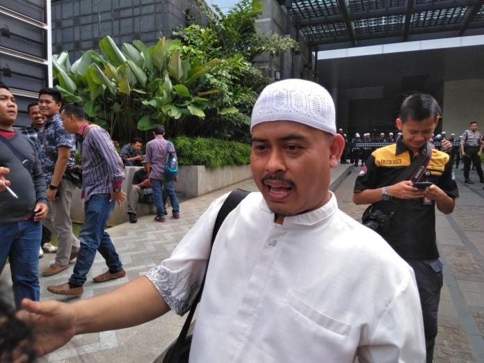 Jubir FPI Akun Gerakan Indonesia Shalat Subuh Diblokir Di mana Letak Bahayanya