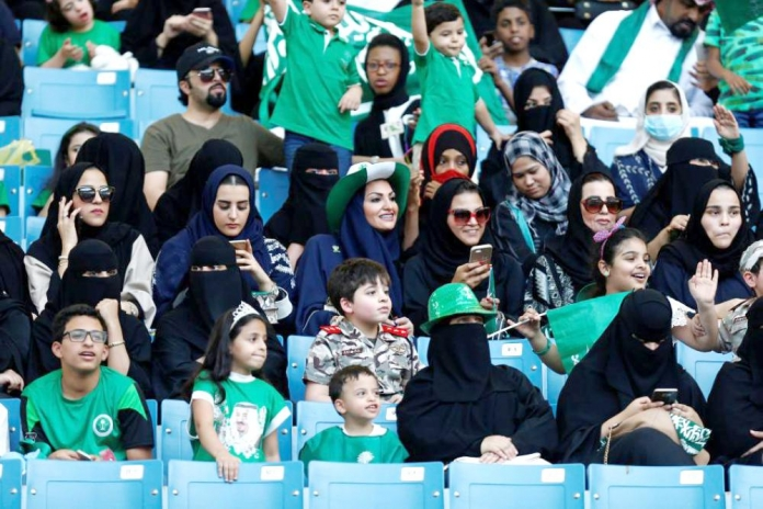 Jumat Ini Arab Saudi Buka Stadion Untuk Penonton Wanita