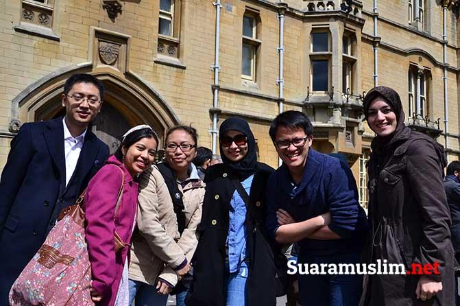 Belajar di Inggris pun Aman Bagi Muslimah Indonesia