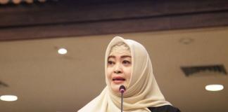 Jakarta (Suaramuslim.net) - Ketua Komite III DPD RI Fahira Idris mengapresiasi TNI Angkatan Laut khususnya awak KRI Sigurot-864 dan BNN yang berhasil menggagalkan penyelundupan narkoba jenis sabu pada hari Minggu (11/2) di wilayah perairan Batam, Kepulauan Riau. Menurutnya Indonesia harus menjadi neraka bagi penyelundup narkoba.
