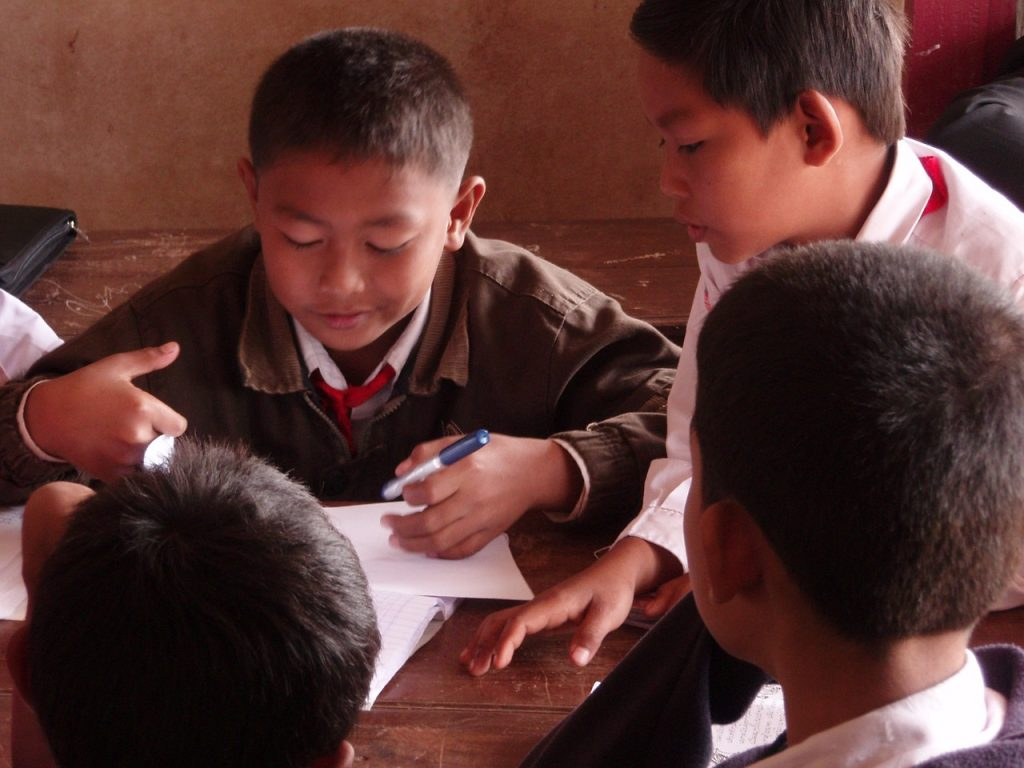 Towards An Intelligence Friendly School (Menuju Sekolah Ramah Kecerdasan) (2)