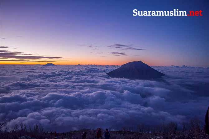 7 Tips Mendaki Gunung yang Wajib Anda Perhatikan