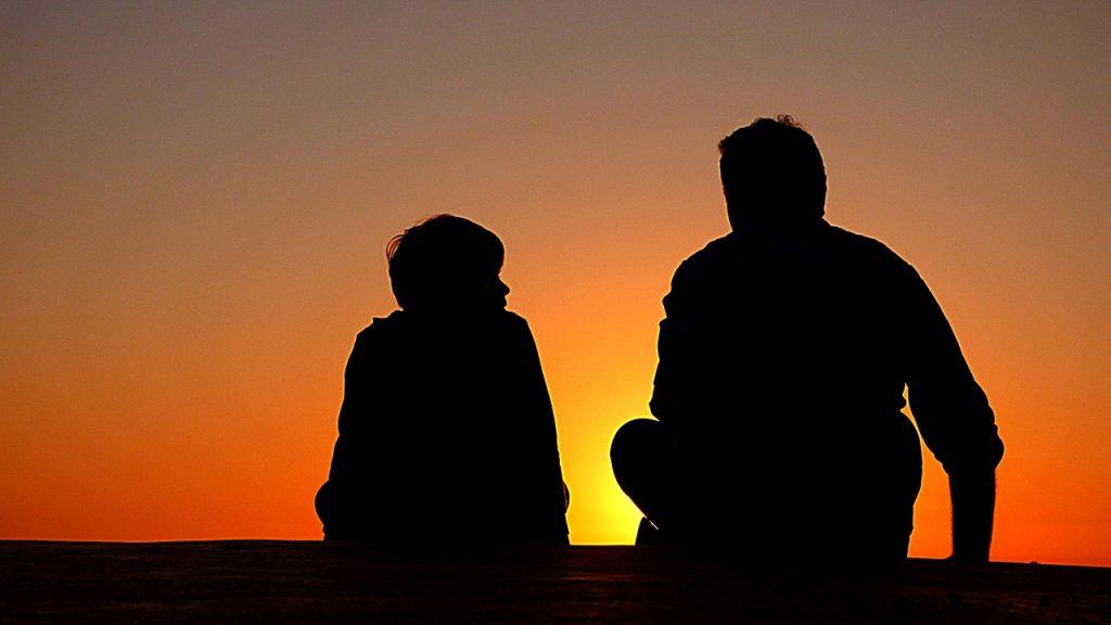 Masihkah Tega Jika Orang Tua Kesepian