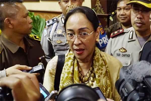 Dianggap Menyinggung Umat Islam, Inilah Teks Lengkap Puisi Sukmawati Soekarno Putri