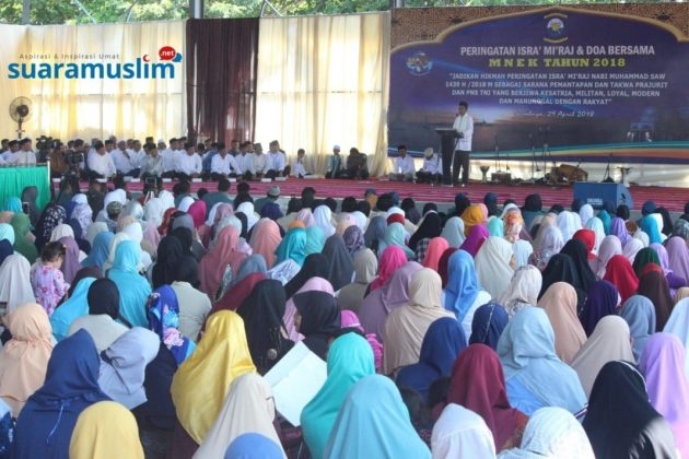 Ustadz Abdul Somad Tabligh Akbar di Koarmatim Surabaya(5)