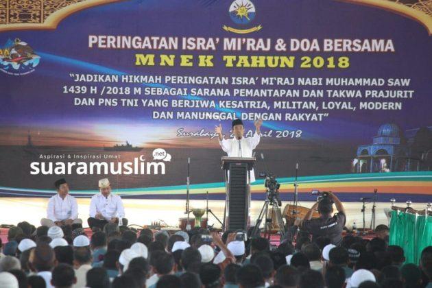 Ustadz Abdul Somad Tabligh Akbar di Koarmatim Surabaya(8)