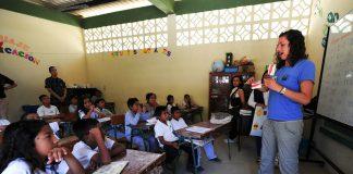 Tips Mengajar di Kelas dengan Tiga Suara