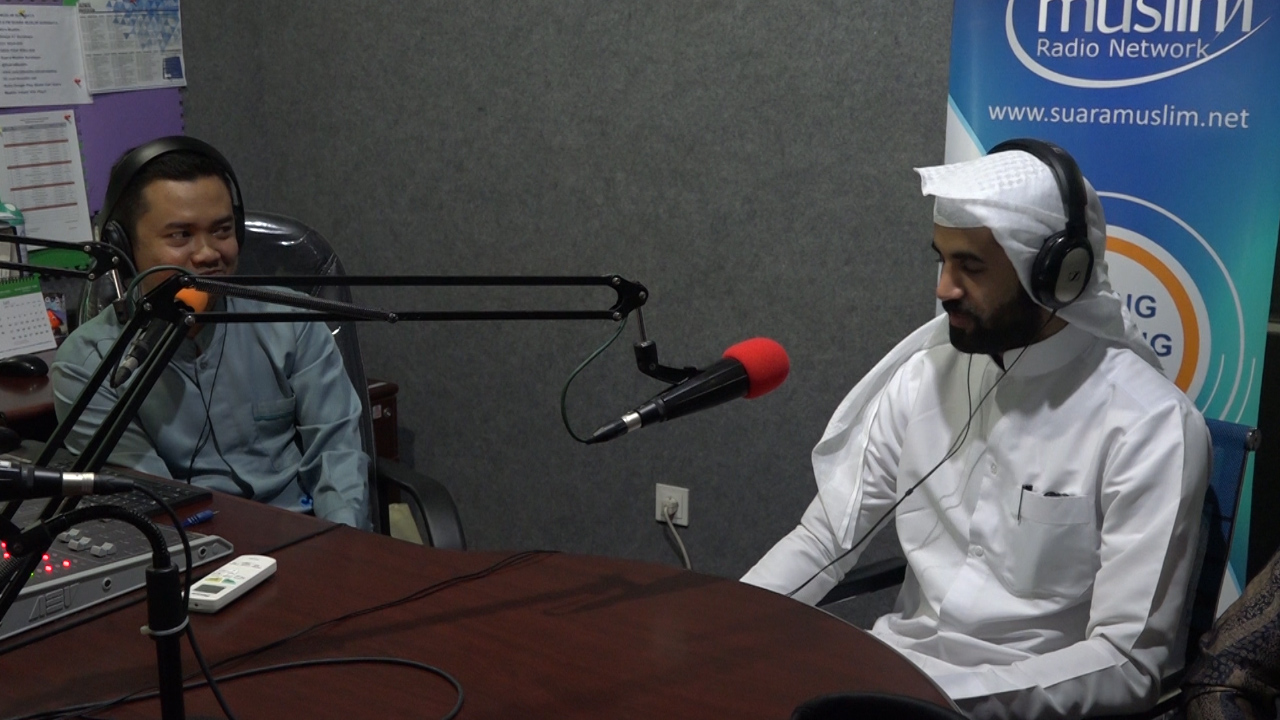 Dikenal Sebagai Qari Cilik, Kini Jadi Imam Mendunia