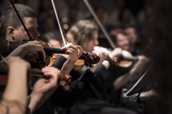 Inilah Semesta dalam Gerak Orkestra