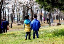Ramadhan, Ajang Mengenalkan Ketaatan pada Anak