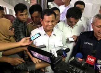 Terkait TKA, Prabowo: Amerika Saja Bikin Tembok