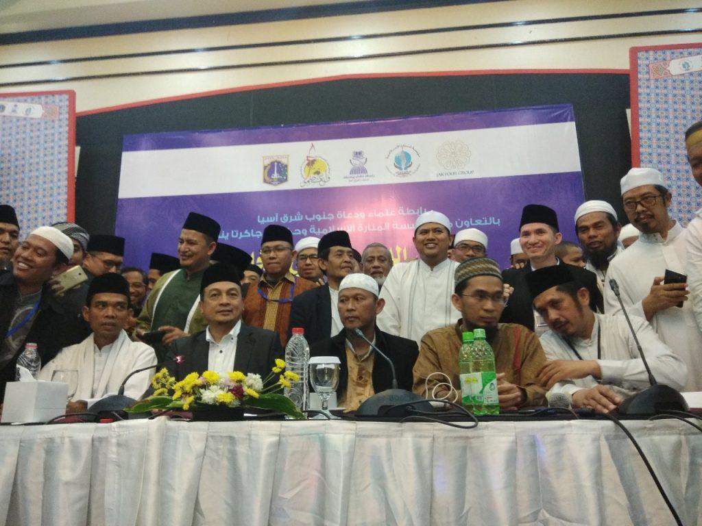UAS, UBN dan UAH Satu Panggung Tekankan Pentingnya Persatuan