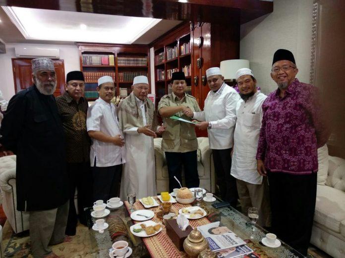 Sambangi Prabowo dan Salim Segaf, GNPF Ulama Serahkan Rekomendasi