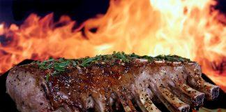 Hilangkan Bau Brengus Daging Kambing Pakai Cara Ini