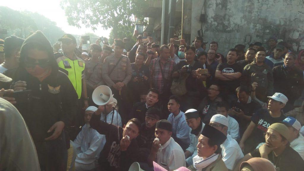 Keanehan Persekusi Terhadap Gerakan #2019GantiPresiden Menurut Mustofa Nahra