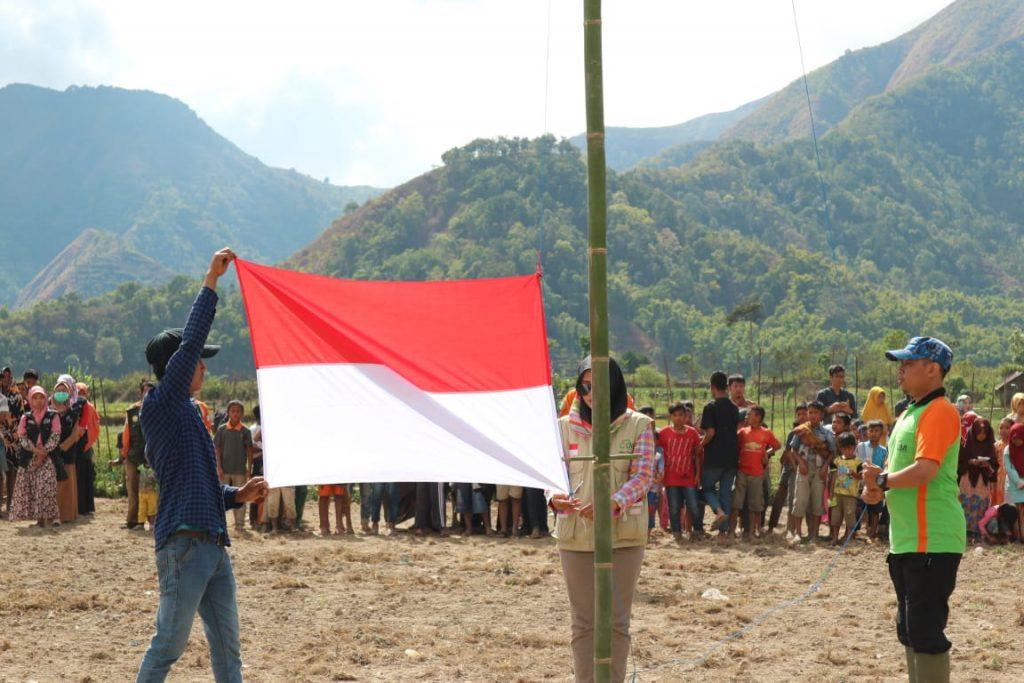 Upacara Hari Merdeka di Tanah Gempa