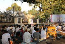 Idul Adha di Gumantar, Lebaran di Pengungsian Diantara Reruntuhan