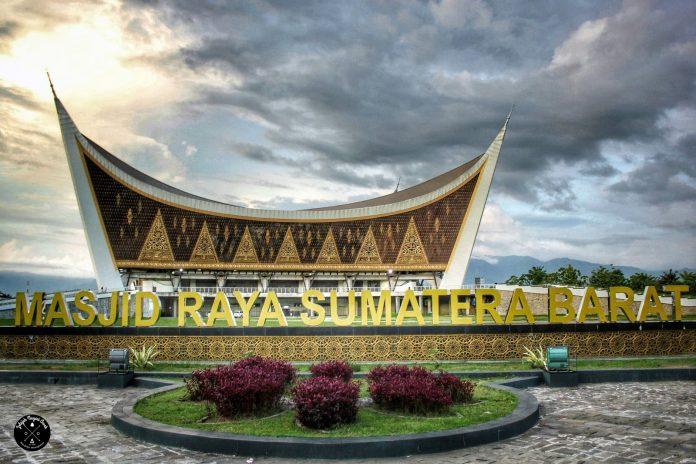 Masjid Raya Sumatra Barat