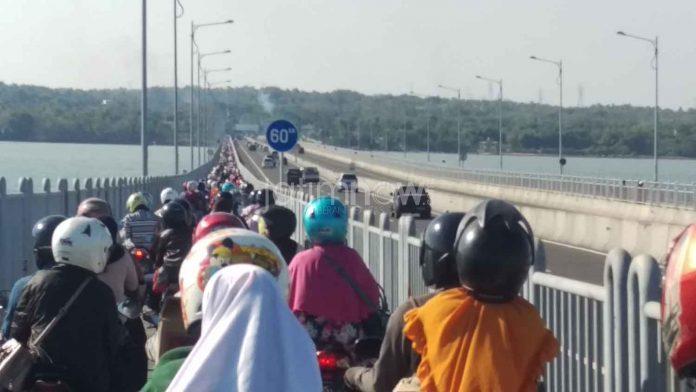 Menyoal Penggratisan Tol Suramadu | Suaramuslim.net