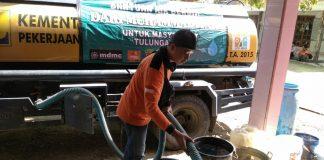 Giat Kemanusiaan di Desa Kalibatur Tulungagung Yang Kekeringan