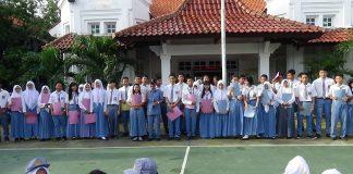 Menyambut SMA/SMK Gratis di Jawa Timur