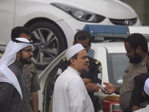 Habib Rizieq Diperiksa Polisi Saudi Soal Bendera