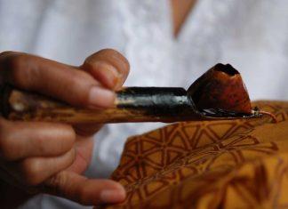 Harmoni Budaya dan Agama dalam Motif Batik Nusantara
