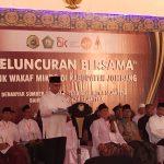 OJK Gandeng Presiden Jokowi Resmikan Tiga Bank Wakaf Mikro di Jombang