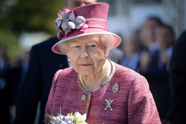 Ratu Elizabeth Kirim Belasungkawa untuk Korban Tsunami Selat Sunda
