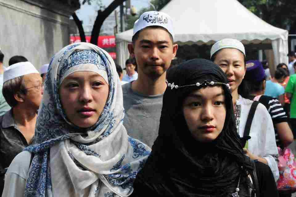 Uighur, dan Kita