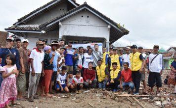 Akhirnya Rombongan Uighur Bisa Salurkan Bantuan untuk Korban Tsunami di Pandeglang