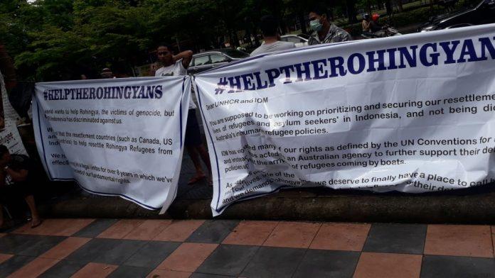 Pengungsi Rohingya di Makassar Unjuk Rasa Minta Kejelasan Nasib