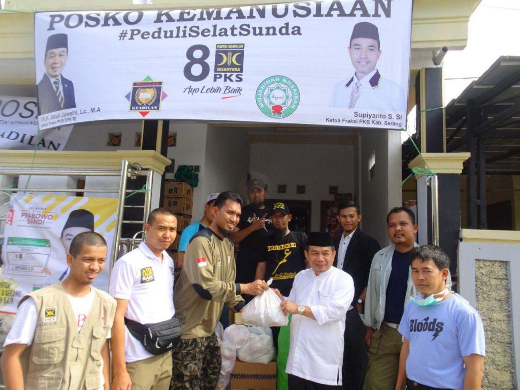 Fraksi PKS Salurkan Bantuan Untuk Korban Tsunami Selat Sunda