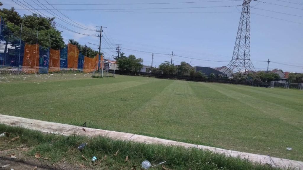 lapangan sepak bola desa standar stadion