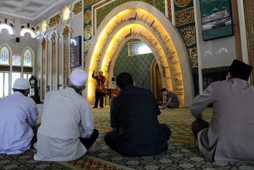 Menghadirkan Gagasan Pemberdayaan Masjid