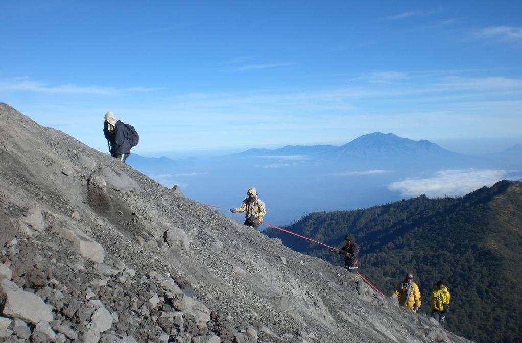 Pendakian Gunung Semeru, Jawa Timur (Foto: Djafa.org)