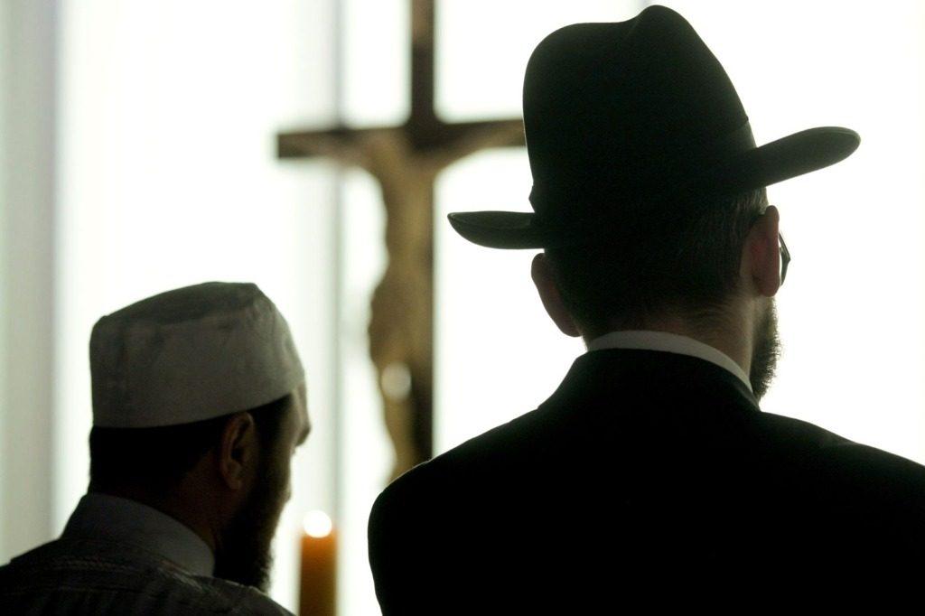 Polemik Penghapusan Kafir dan Keterbelahan Umat Islam