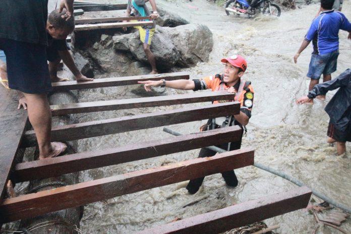 BAZNAS Bangun Jembatan Darurat di Sentani