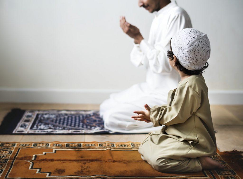 Prophetic Parenting; Metode Mendidik Anak Ala Nabi Muhammad SAW