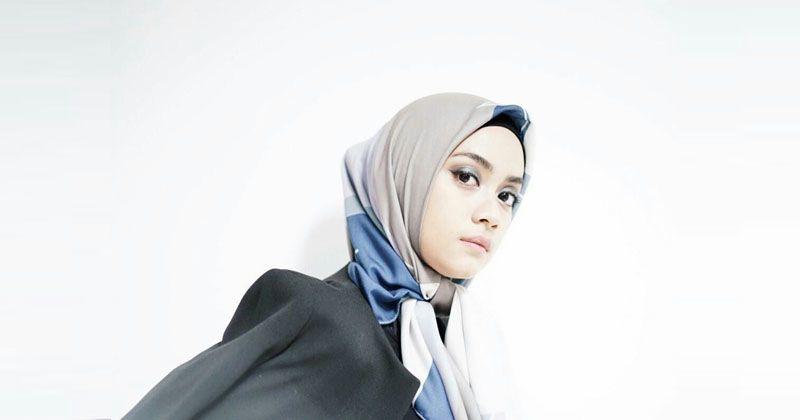 Hijab Berbahan Ini lagi Ngetren di Kalangan Selebgram, Lho!