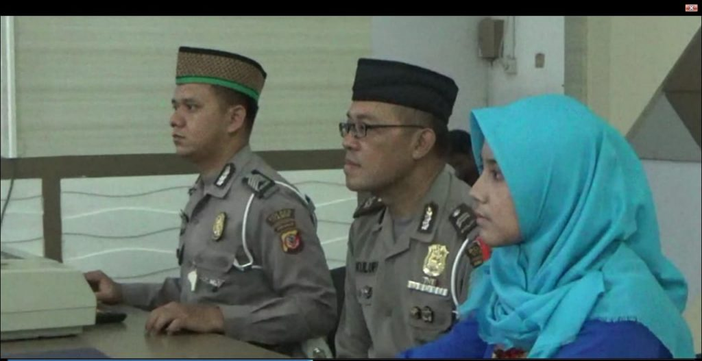 Polisi Berpeci di Ciamis Layani Pembuatan SIM dan Pajak Kendaraan di Bulan Ramadhan