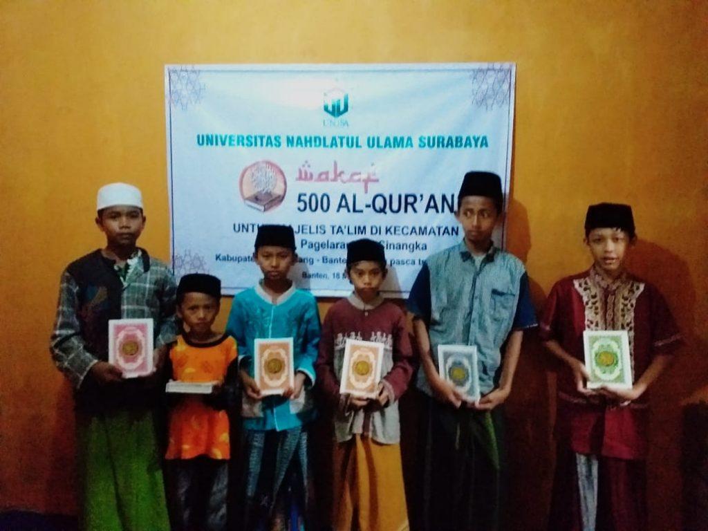 Unusa Peduli Bagikan 500 Al Quran Untuk Korban Terdampak Tsunami Banten