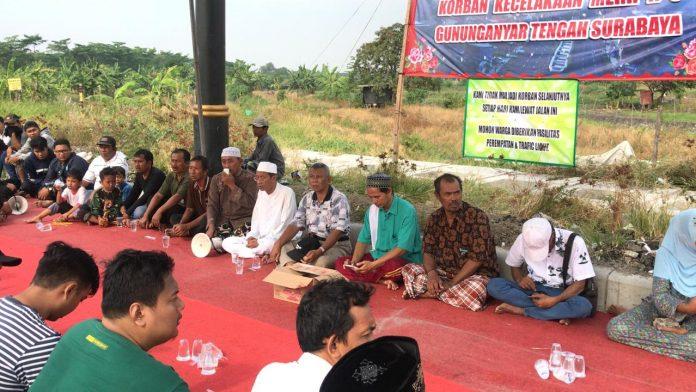 Sering Terjadi Kecelakaan, Warga MERR Gununganyar Bikin Surat Terbuka Untuk Walikota Surabaya