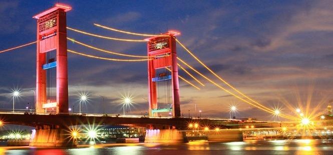 Jembatan Ampera. (Foto: Palembangtourism.com)