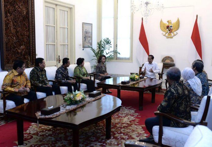 Jokowi Terima Sembilan Pansel Calon Pimpinan KPK di Istana