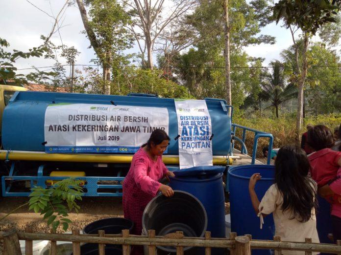 ACT Distribusikan Air Bersih Untuk Kekeringan di Pacitan Jawa Timur